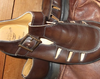 Vintage Dr. Marten cross and cut buckle shoe, size 6 made in England