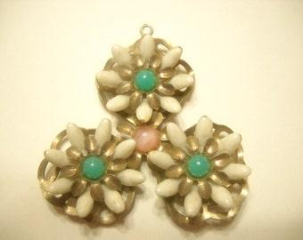 Vintage White Plastic Petals and Faux Turquoise Pendant (4928)