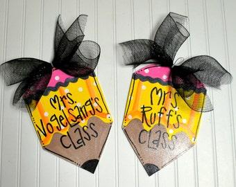 Teacher Gift | Teacher Wreath | Teacher Appreciation Gift | Personalized Teacher gift | Teacher Classroom Decor | Teacher Name Sign