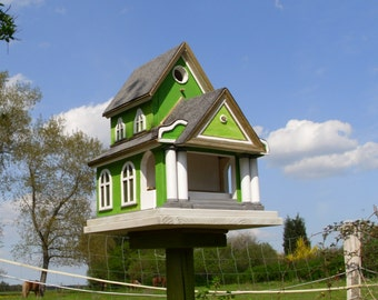 "Birdhouse ""Naples""       Vogelnist and Feeder              for garden and balcony"