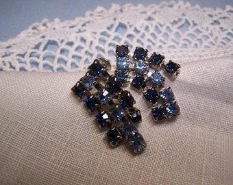 CLEARANCE SALE ~ Pretty Vintage Blue Rhinestone Dangle Earrings Screw Back