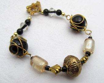 Beaded Bracelet, Wire Wrapped Bracelet, Black & White Bracelet, Beaded Jewelry, Bead Bracelet, One of a Kind, Heart Toggle Clasp Bracelet