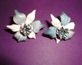 Leather flower screwback earrings*