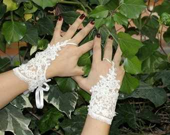 LUX Wedding Gloves, White Laced whit beaded , Fingerless Gloves,Private wedding,special wedding, Wedding Accessory