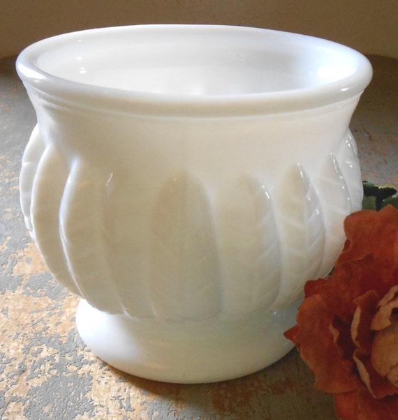 Vintage Planter Milk Glass White Vase Bowl Feather Leaf