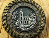 Button -  Metal Picture Collectors Button -  Picture Button Vintage Italian Villa - Vintage Button - Collecting, Sewing, Crafts