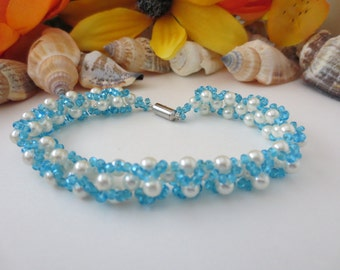 Beautiful Beadweaved bracelet