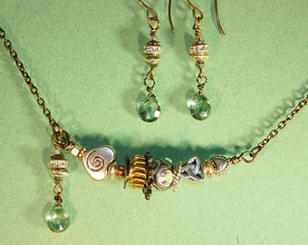 Green Quartz Silver Necklace and Earring Set