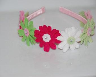 Daisy Felt Flower Headband / Girl Felt Flower Headband / Satin Wrapped Plastic Headband / Toddler Headband / Felt Headband