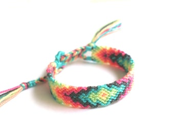 Friendship Bracelet. Pastel Love.
