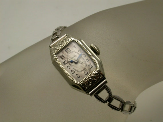 items similar to vintage gruen ladies gold watch on etsy. Black Bedroom Furniture Sets. Home Design Ideas