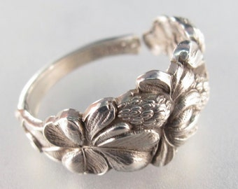 STERLING SILVER SPOON ring. flower spoon ring. antique silver spoon. spoon jewelry. england ring. size 4 -6.  No.003