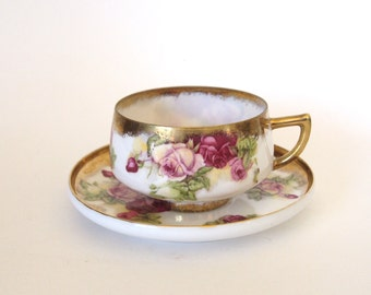 Vintage China Teacup with Gold Lavender Purple Roses and Gold - Saji - Made in Japan