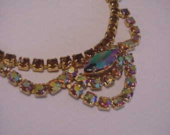 Fantastic 40/50's Aurora Borealis Jeweled Necklace / Rhinestone Jewels / Hollywood Glitz