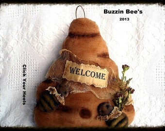 E Pattern Primitive Buzzin Bees & Bee Skep Pattern Click Your Heels