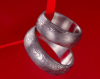 DAMASCUS steel WEDDING Band, Simple unique hand forged Womens or Mens Band, Custom wedding ring, love ring, band for him, for her - Prima