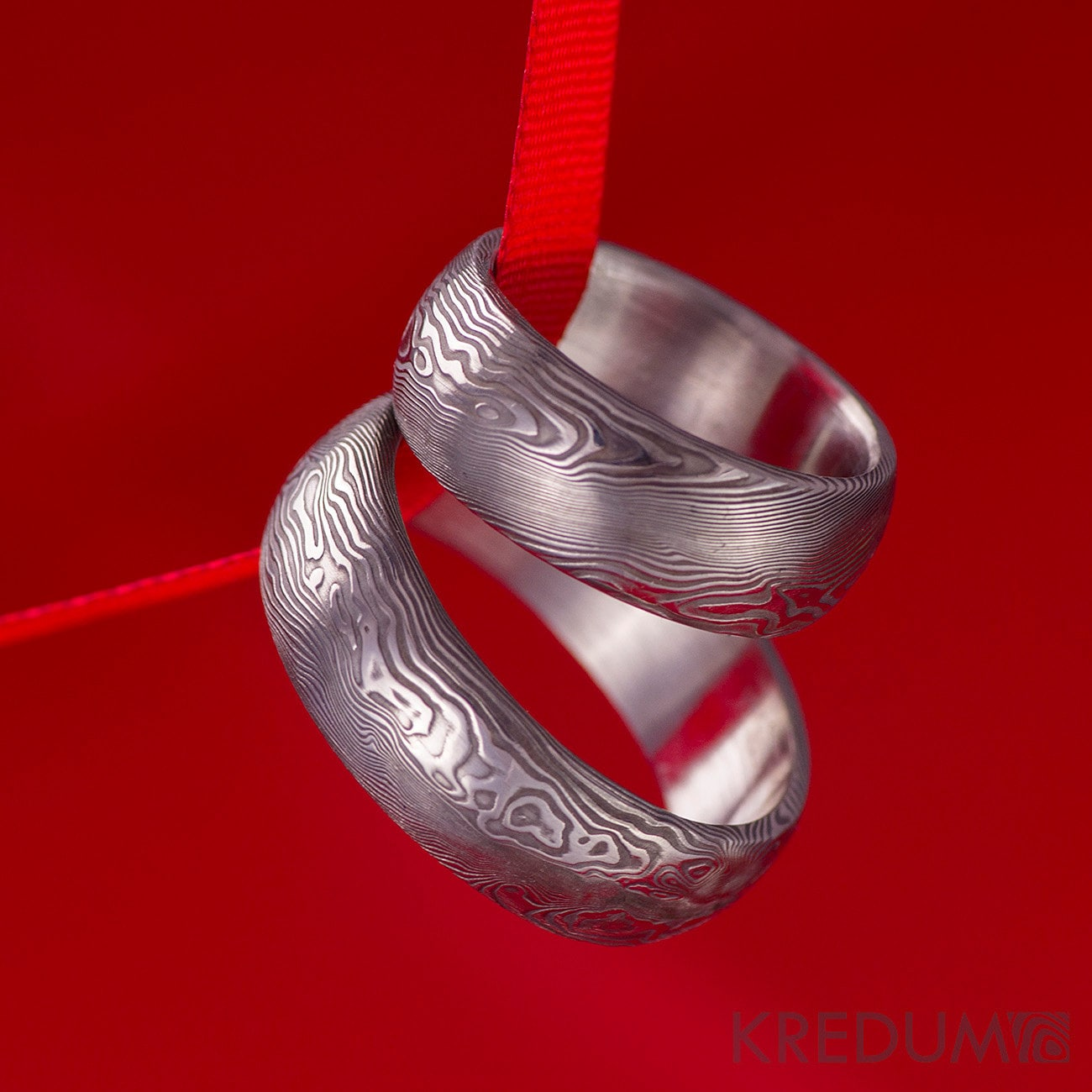 Damascus Steel Ring with Interior Hardwood Sleeve Custom ... |Damascus Steel Rings For Women