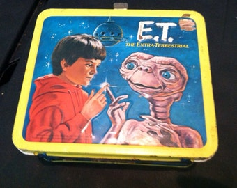 E. t. Lunchbox