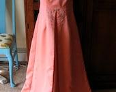 VINTAGE DRESS Peach Coral Long Prom Wedding Formal Dress by Michaelangelo Rhinestone Detail Matching Long Gloves XS S 2 4