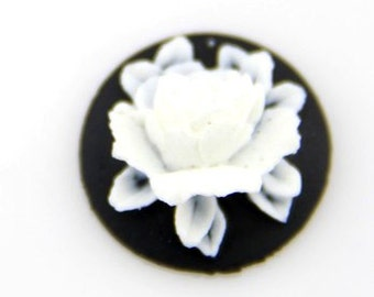 12 Pcs of Resin flower cabochon 18mm-RC0135