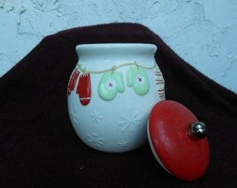 """Cookie """"Mitten Cookie Jar"""" Jar"""
