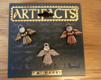 Vintage Signed JJ Gold/Silver/Bronze Trio of  Angels Pin Tacs
