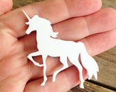 1 White Acrylic Unicorn 5.5 cm Long - Laser Cut Perspex