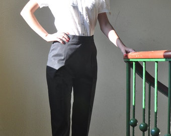 ankle-length '50s cigarette pants in black