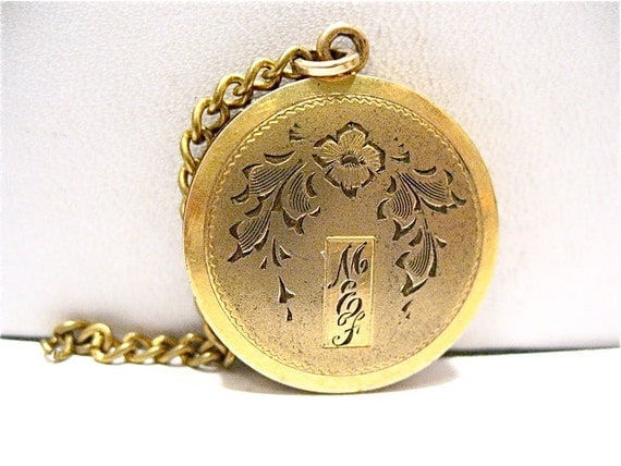 listing antique gold large round
