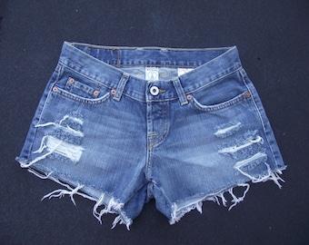 "26"" Distressed Shorts"