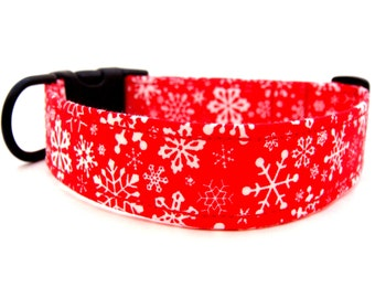 HIP PUP.....Dog Collar......Christmas......Snowy Day Red