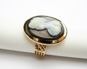 Antique 1870s Ring, Sardonix Cameo, Etruscan Revival,14K Rose Gold, USA.