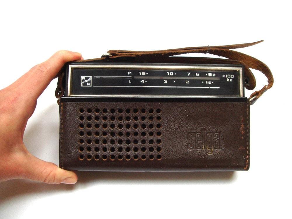 vintage radio portable soviet transistor radio ussr radio. Black Bedroom Furniture Sets. Home Design Ideas