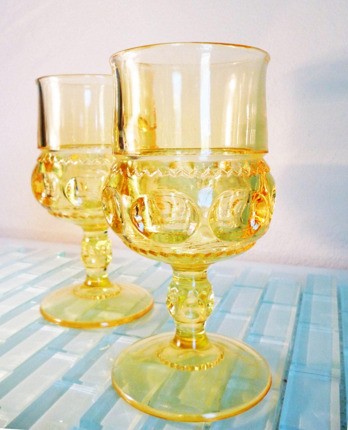 Vintage Mid Century Glass Gold Yellow Glasses Wine Indiana