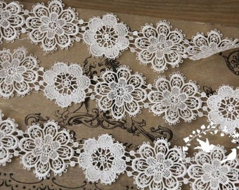 2 yards Bridal Lace Trim in White, Floral Lace