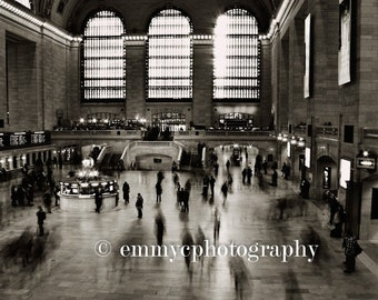 "New York Quality Photo Print - Grand Central Station Terminal Black and White Landscape - 8"" x 6"""