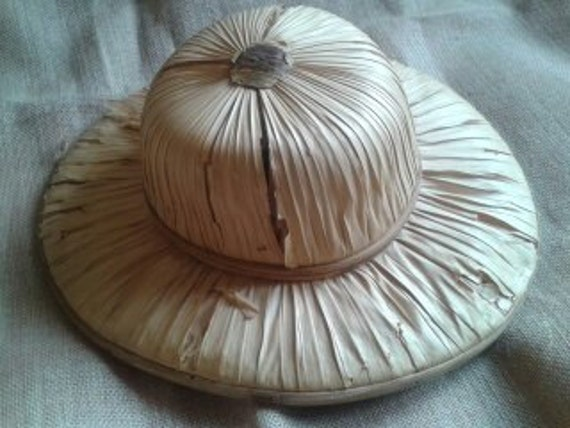 Gardening Pith Helmet Men's Hat Antique 1900's Handmade Straw Wood Framed #sophieladydeparis