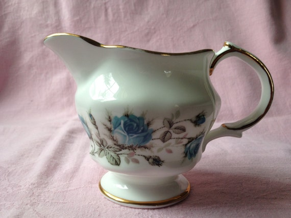 Arklow Fine Irish Bone China Creamer Blue Roses Planter