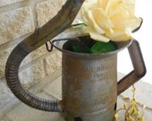 Vintage, rustic Huffman oil can, fireplace accessory, rustic vase, 1 quart can