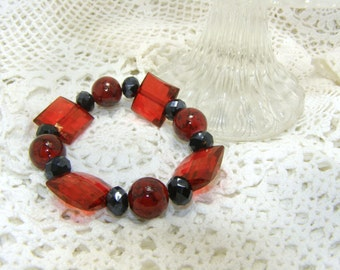 Red And Black Beaded Bracelet, Chunky Elastic Bracelet, Glass Beads,  Fashion Jewelry, COUPON