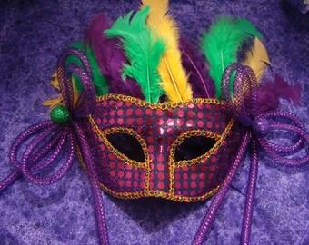 Decorative Mardi Gras Carnival Masquerade Mask
