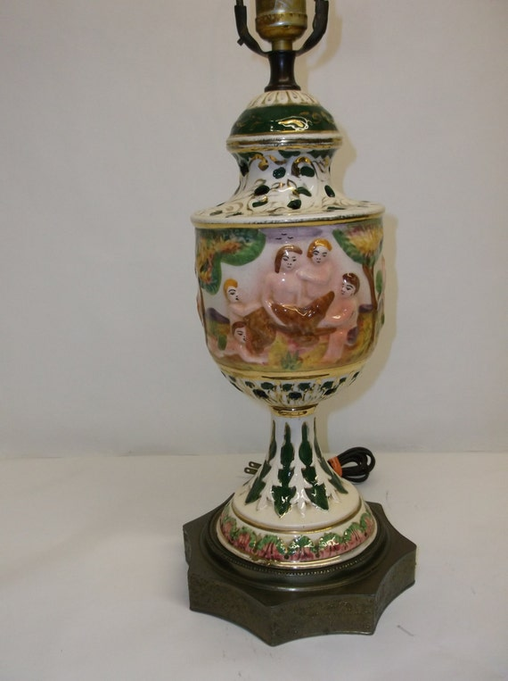 Vintage Capodimonte Italian Ceramic Lamp With Bronze Base