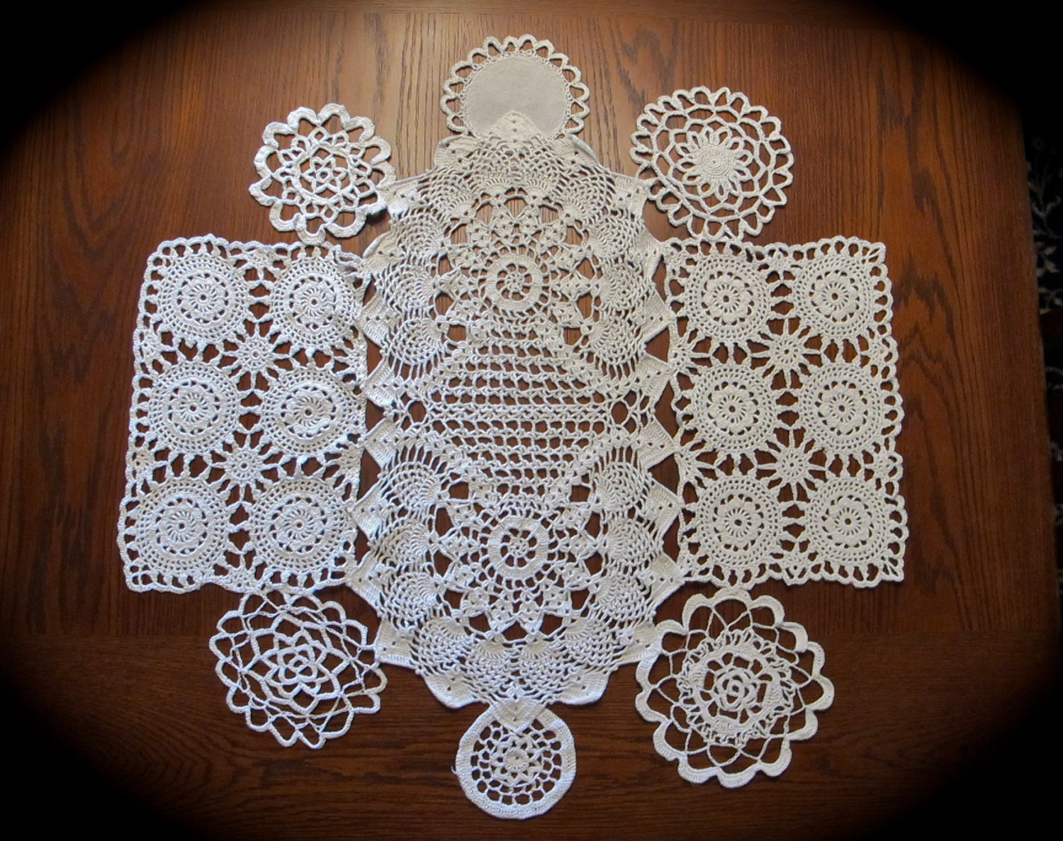 White Doilies Lace Round Table Topper For Weddings 30