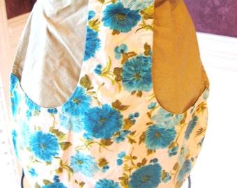 Handmade T Apron/Floral Design/Half Apron