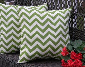 Set of 2 ~  Green and Ivory Zig Zag Chevron Decorative Square Throw Toss Pillows ~ Indoor Outdoor Fabric