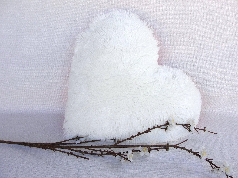 white heart decorative pillow faux fur cushion wedding. Black Bedroom Furniture Sets. Home Design Ideas
