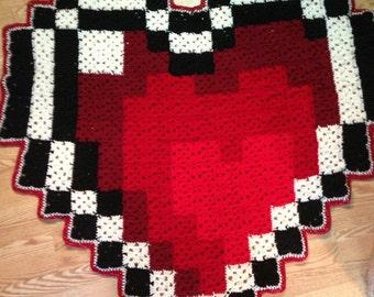 Large Zelda Heart Piece Inspired 8-bit Blanket / Rug
