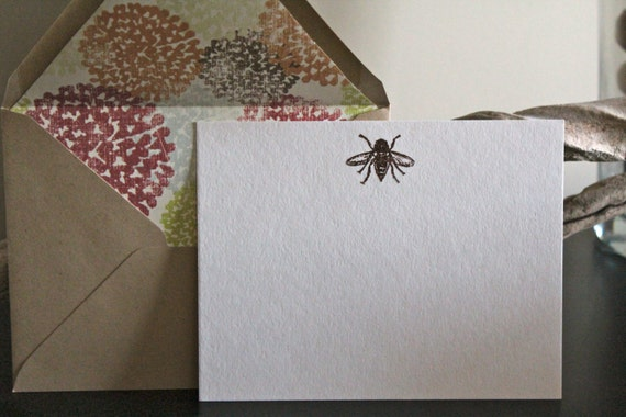 Bumble Bee Embossed Flat Note Card Mini Set with Natural Lined Envelopes
