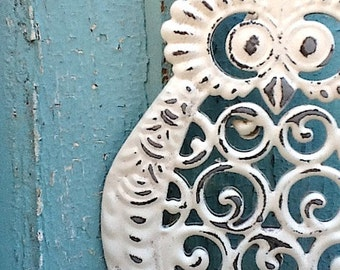 Owl Decor, Garden Bell, Cast Iron and Metal, Retro Modern, Shabby Chic, Garden Art,