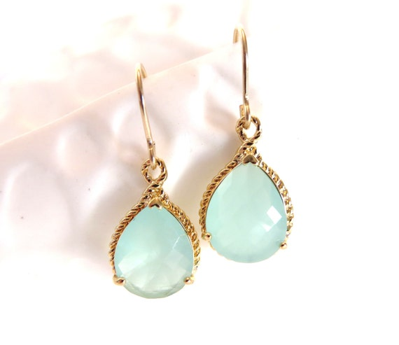 Aqua Mint Bridesmaid Earrings Gold and Mint Wedding Jewelry Aquamarine Crystal Gold Drop Earrings Dangle Mint Bridal Jewelry Mint Earrings
